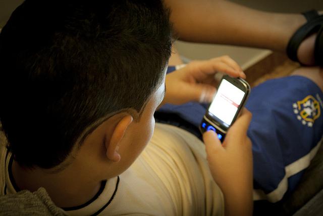 """""""O que mais me impressiona é que as crianças perderam a possibilidade de sair de casa, enquanto as novas tecnologias lhes permitiram se conectar com o mundo"""""""