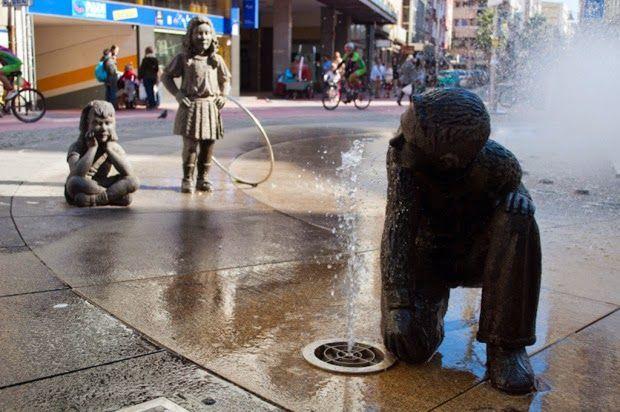 """""""Fonte das Crianças"""" é um marco da cidade galega de Pontevedra."""
