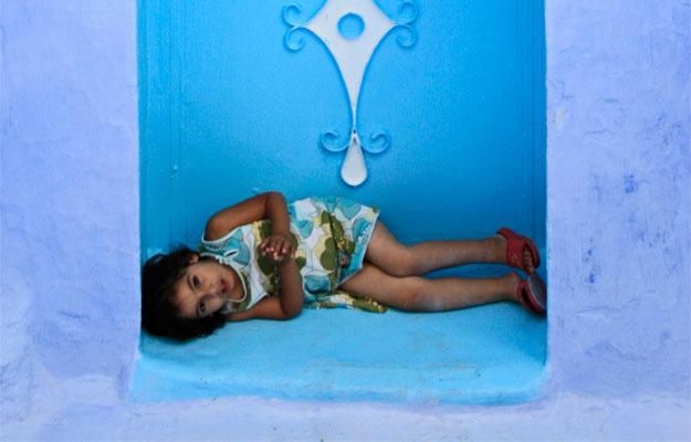 crianca-deitada