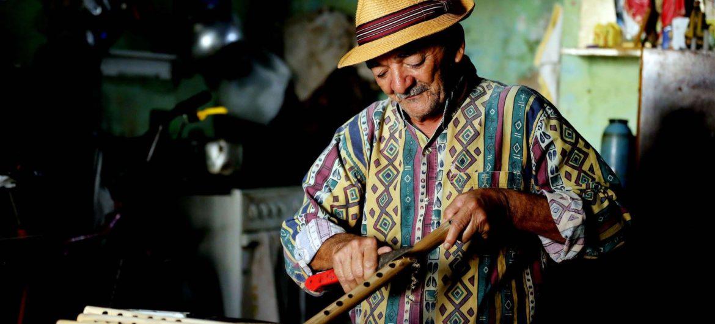 instrumentos artesanais joão pife